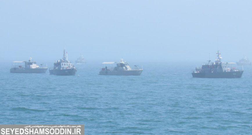 گزارش تصویری/ رژه ناوگان شمال به مناسبت روز ارتش در دریای خزر
