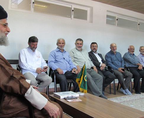 گزارش تصویری / دیدار عمومی آحاد مردم با امام جمعه بندرانزلی (۲)