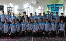 گزارش تصویری/دیدار جمعی از دانش آموزان هنرستان تربیت بدنی با امام جمعه انزلی