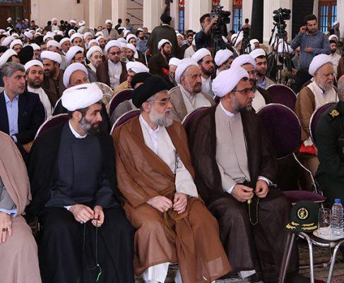 گزارش تصویری از گردهمایی ائمه جمعه علما، روحانیون و طلاب گیلان در مصلی رشت
