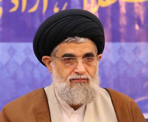 تبیین دستاوردهای انقلاب اسلامی مانع از سیاهنمایی دشمنان میشود//