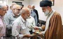دیدار مردمی با امام جمعه بندرانزلی به مناسبت عید سعید غدیر خم