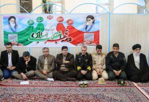 دیدار مسئولان شهرستان با امام جمعه بندرانزلی به مناسبت آغاز دهه مبارک فجر