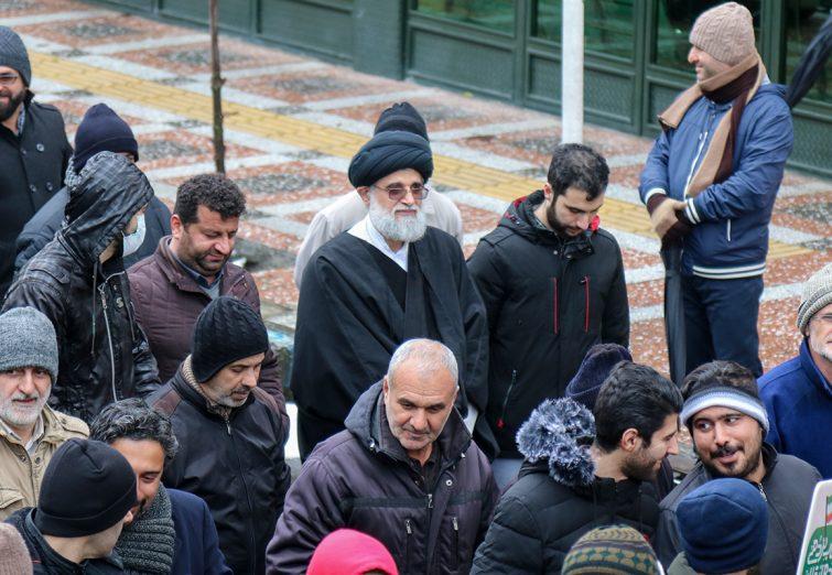 حضور امام جمعه بندرانزلی در راهپیمایی یوم الله ۲۲ بهمن در شهرستان