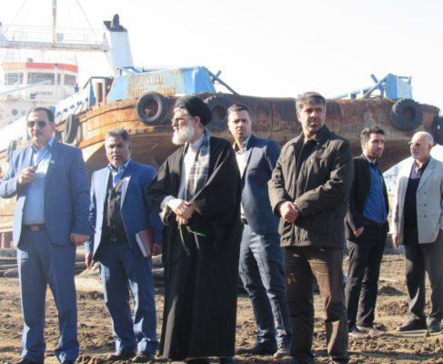 گزارش تصویری / بازدید امام جمعه بندرانزلی از کارخانه کشتی سازی ۷ آذر نداجا